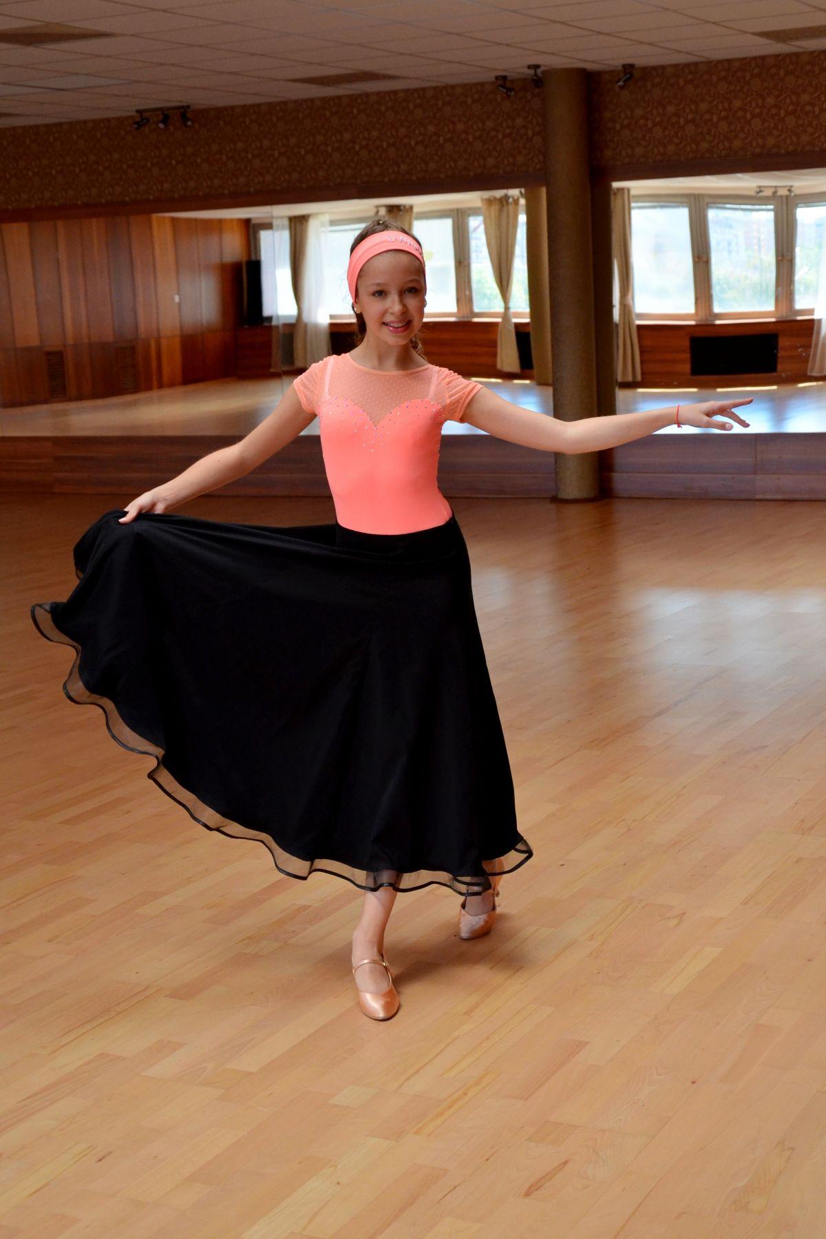 e5ca03d3c7ee Tanečné tréning. oblečenie na mieru - LOOK sport